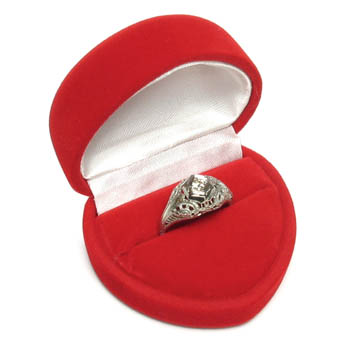Cas-Ker Heart Shaped Box for Jewelry