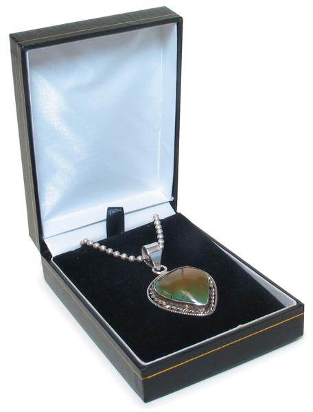 Cas-Ker Jewelry Gift Box for Pendants