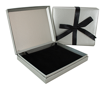 Necklace Box 670.835